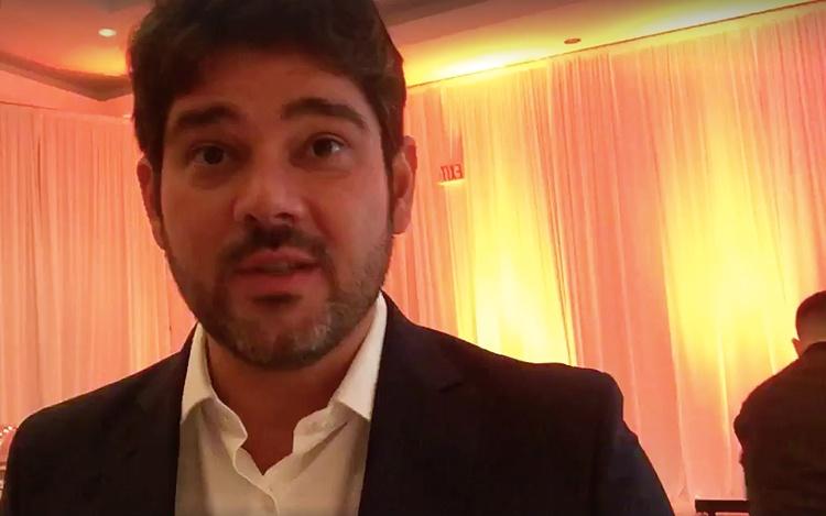 ConRaphael Correa director ejecutivo de...