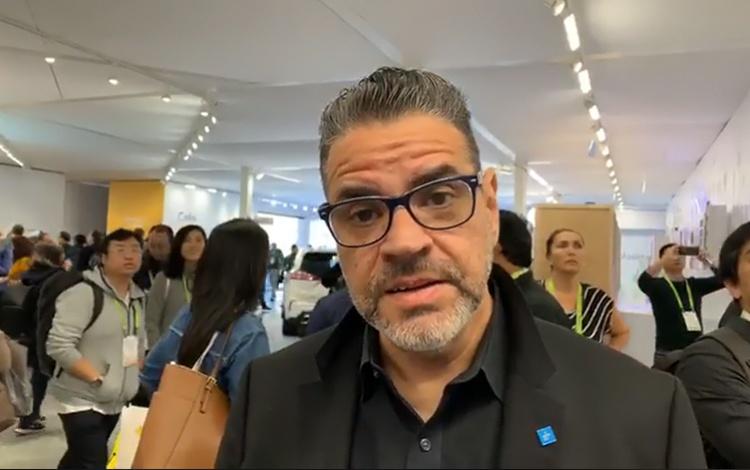 Con el Ingeniero Juan García, editor de Digit...