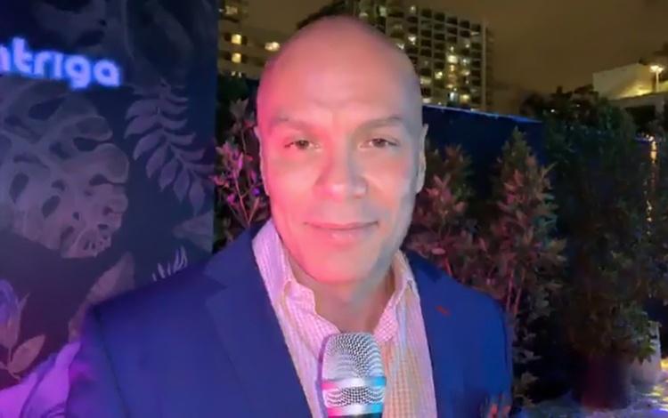 Con Fernando Muñiz nuevo director de Televisa...