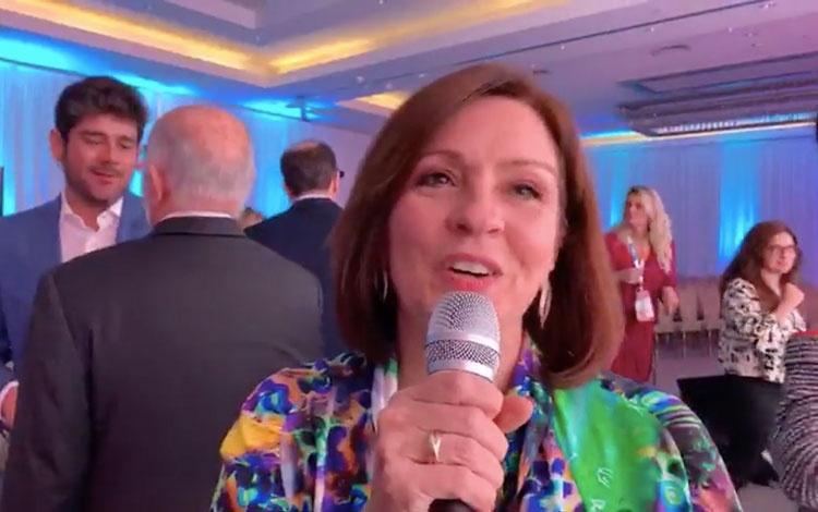 Con Monica Albuquerque de Globo en Natpe