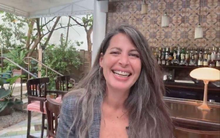 Con Paulette Bensussen productora ejecutiva d...