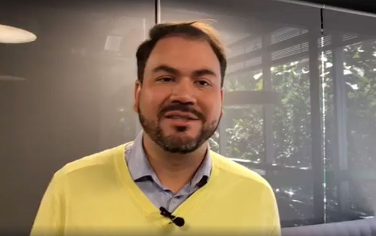 Con Cristian Cartagena gerente de Telemedellí...