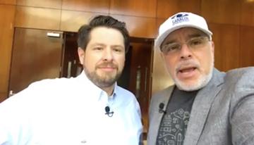 Con Israel Gómez, director general de Comtels...