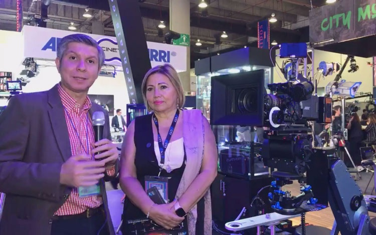 Con María de Jesús García, directora de CTT E...