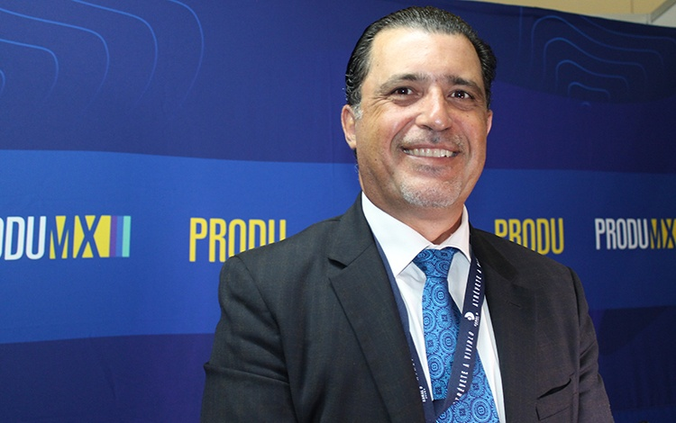 Con Joe Fregoso deMEDIAGENIX