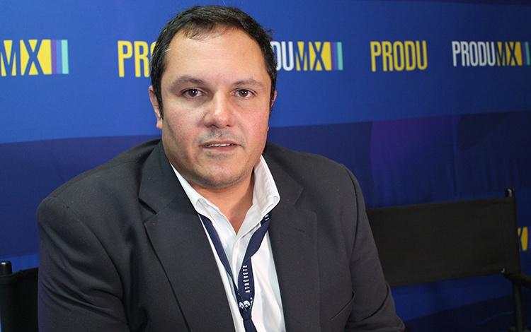 Con Carlos Cabrera de Vplus