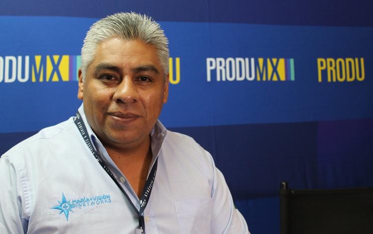 Con Carlos López, director internacional de M...