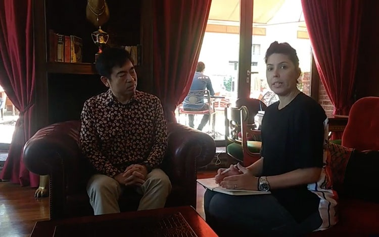 Con Yasu Sasaki, Head of Digital Creative and...