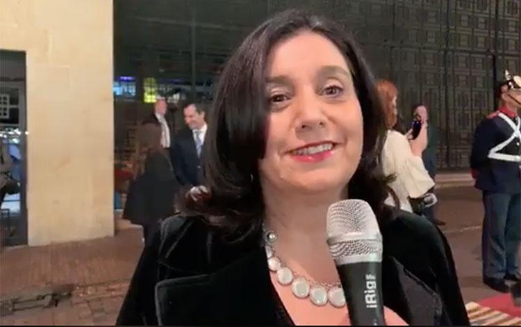 Juana Uribe de Caracol desde la alfombra de B...