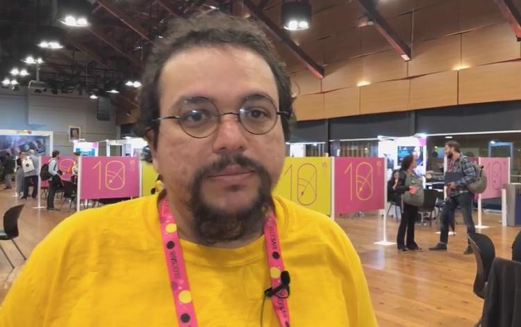 Con el cineasta venezolano José Salaverría de...