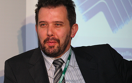 Maximiliano Martinhão de MiniCom: La subasta no afectará a